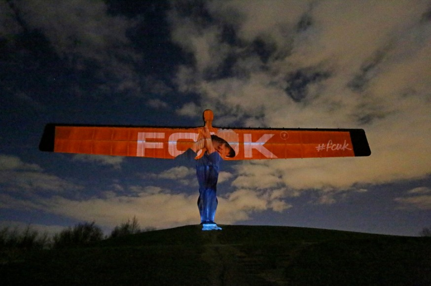 fcuk_SS16_ad_campaign_3