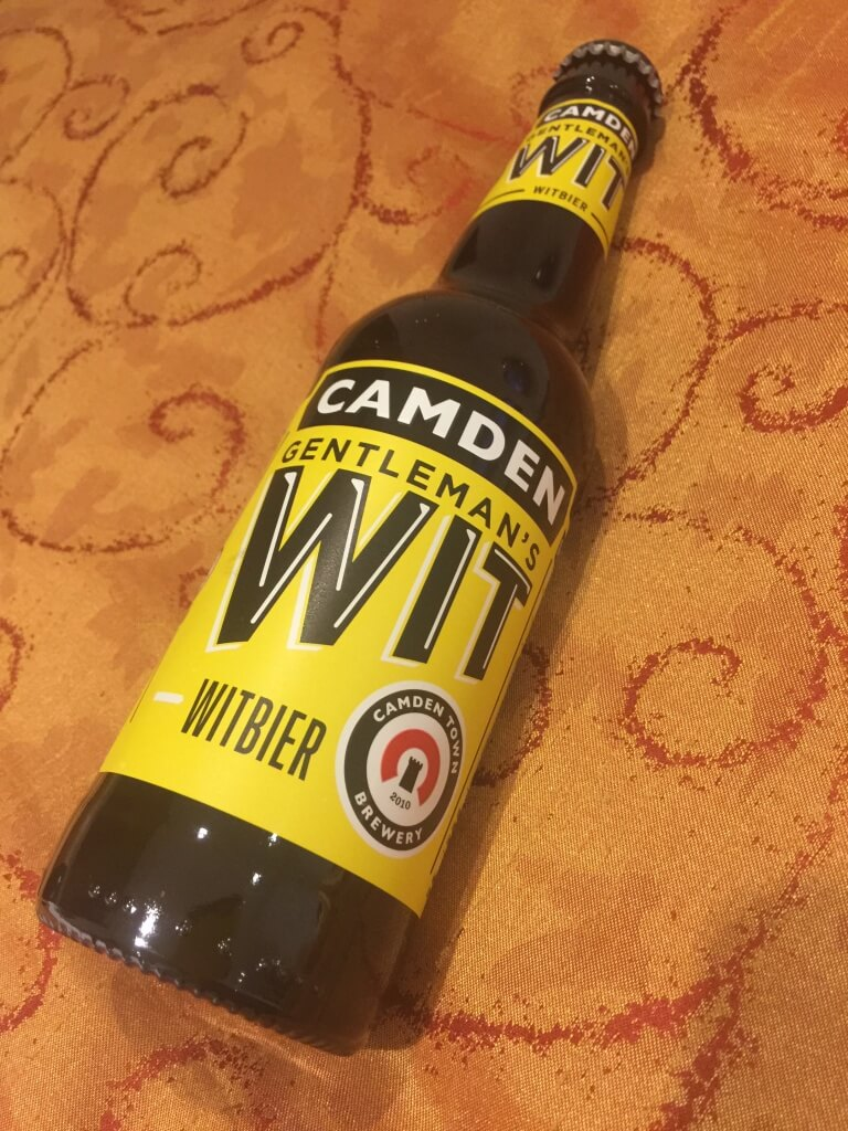 カムデンタウン地ビール 白ビール風 飲みやすい マークス&スペンサー 2.6PON 瓶の方が高い 缶の方が安い 1.9P