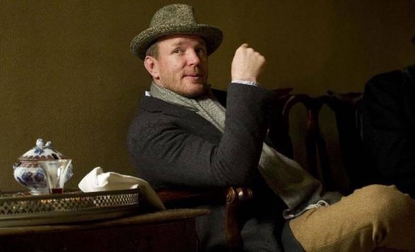Guy-Ritchie-Sherlock-Holmes-900x520